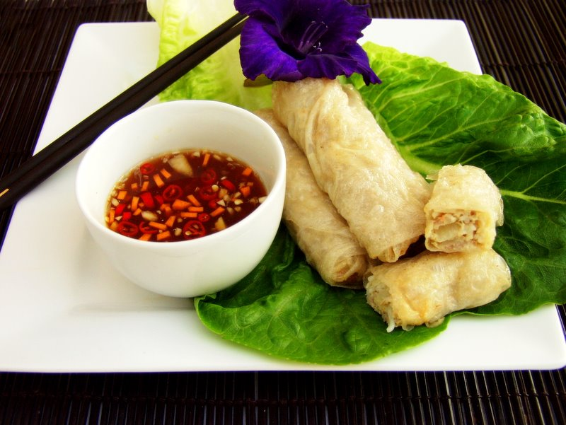 Vietnamese Spring Roll Dipping Sauce met a Vietnamese lady when